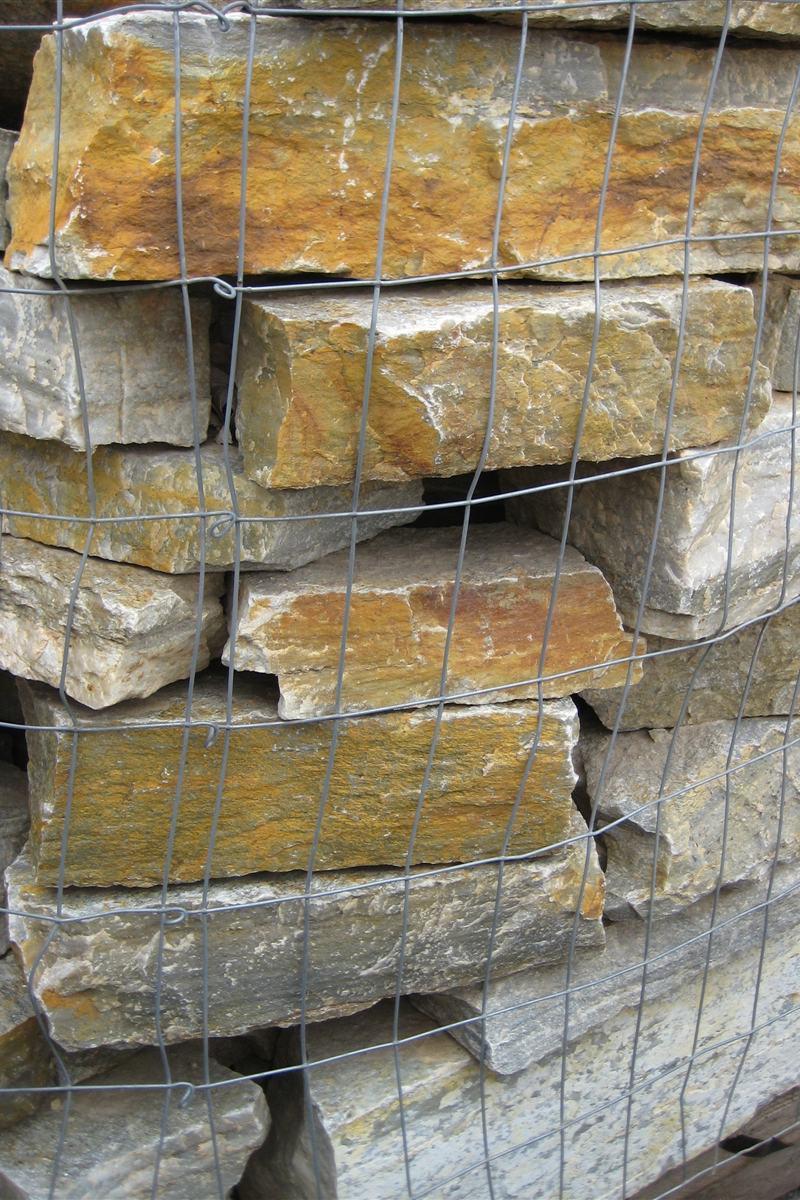Natural Stone Veneers ǀ Faux Stone Siding ǀ Stone Veneer: Gold Rush Natural Stone Veneer