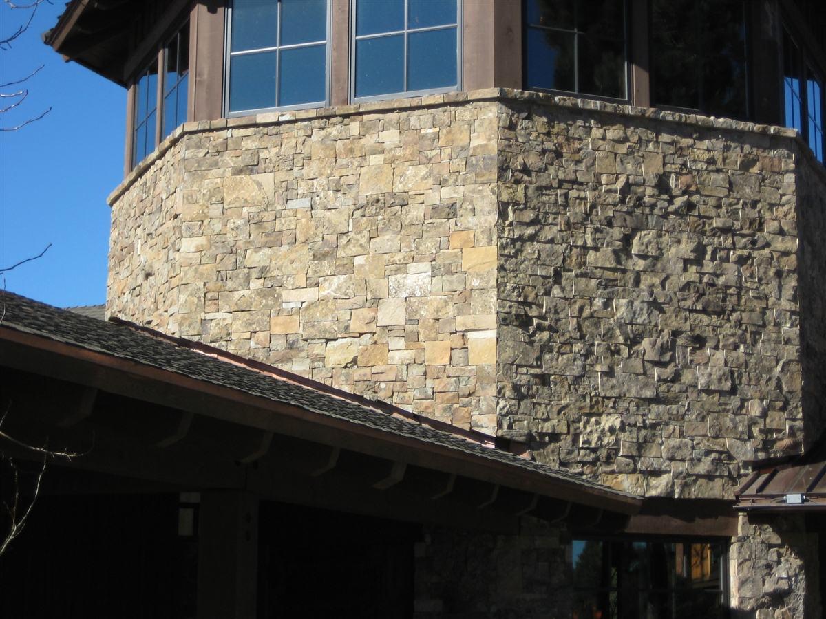 Montana Moss Natural Stone Veneer