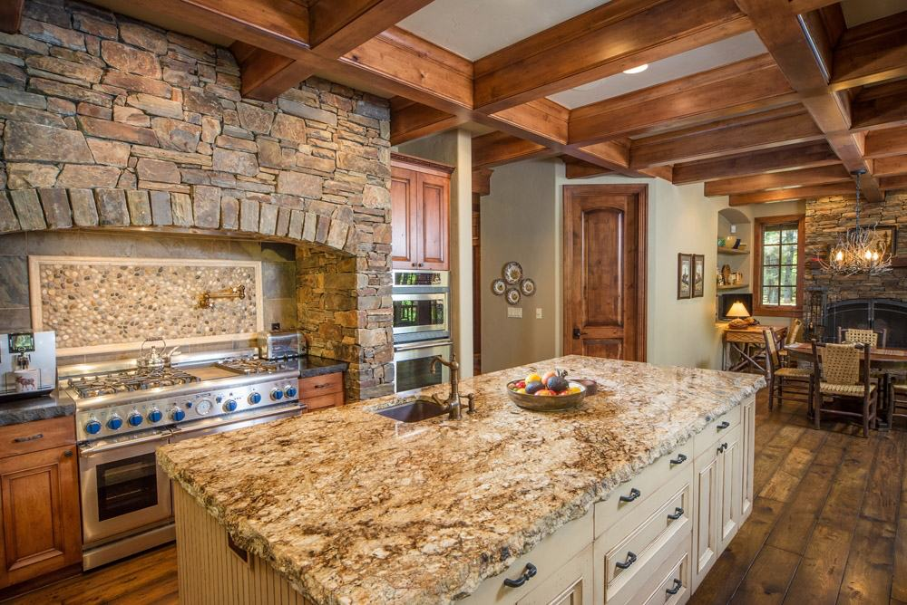 Paradise Mountain Natural Stone Veneer